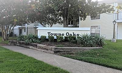 Town Oaks, 1