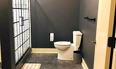 Bathroom, 321 S Salina St, 0