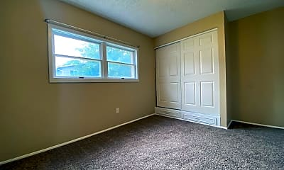 Bedroom, 4244 Central Ave, 2