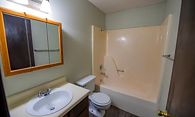 Bathroom, 65 S Duncan Ave, 2