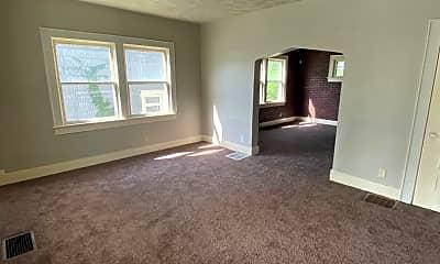 Living Room, 3412 S Harrison St, 1