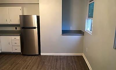 Kitchen, 334 Hancock St, 1