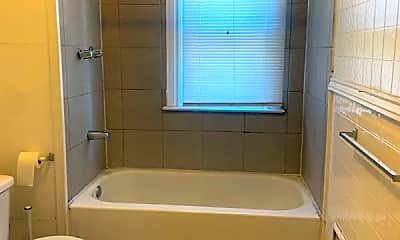 Bathroom, 5819 Eldred St, 2