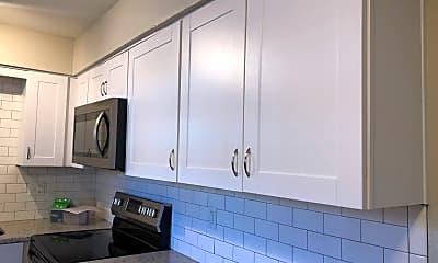 Kitchen, 7620 Shawnee Mission Pkwy, 2