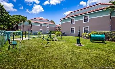 Building, 730 S Park Rd 101, 2