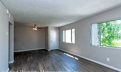 Living Room, 5722 University Ave, 0