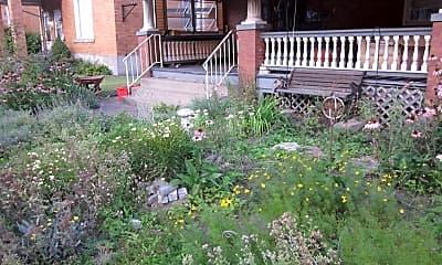 Patio / Deck, 50 N Bryant Ave, 2