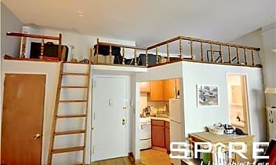 Kitchen, 159 W 75th St, 2