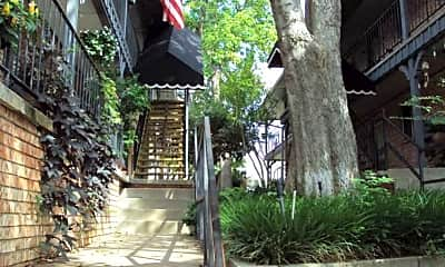Hideaway Cove Apartments, 2