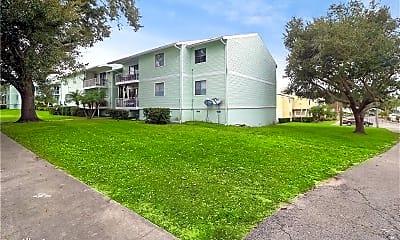 Building, 605 Fenton Pl, 2