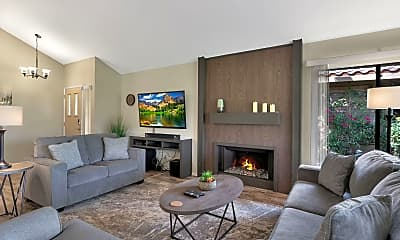 Living Room, 41220 Woodhaven Dr E, 0