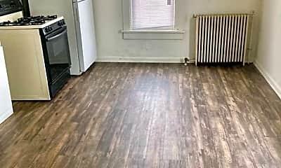 Living Room, 416 W Jackson St, 1
