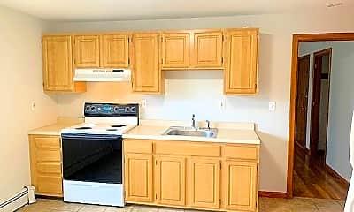 Kitchen, 52 Curtis St, 1
