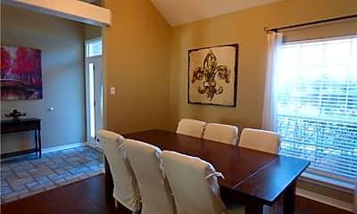 Living Room, 10 Trace Loop, 1