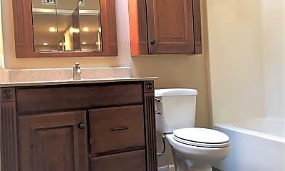 Bathroom, 1527 Wolf Run, 2