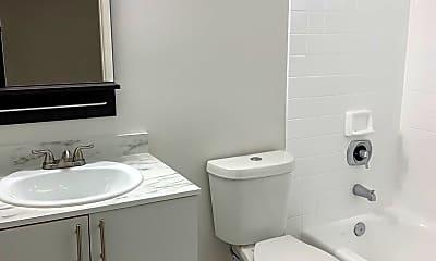 Bathroom, 134 E 9th St, 2