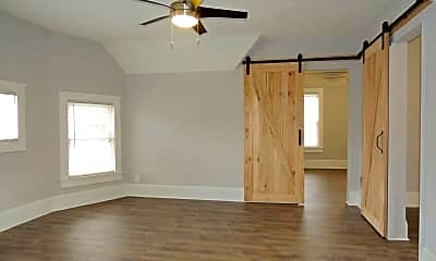 Bedroom, 2292 W 40th St, 0