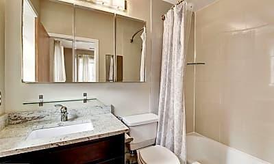 Bathroom, 921 Butternut St NW 303, 2