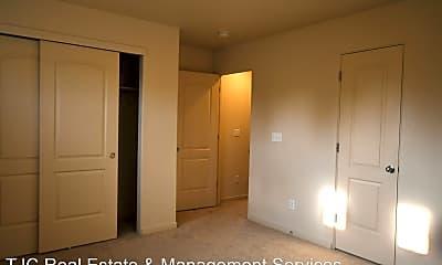 Bedroom, 10094 M.L.K. Jr Blvd, 2