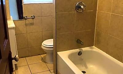 Bathroom, 3632 Alberta St, 2