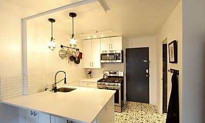 Kitchen, 789 N Clarkson St, 1