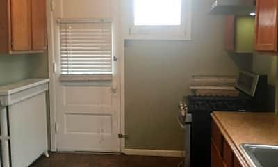 Kitchen, 532 S Ridgeland Ave, 2