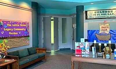 Living Room, 5525 Lipes Blvd, 1