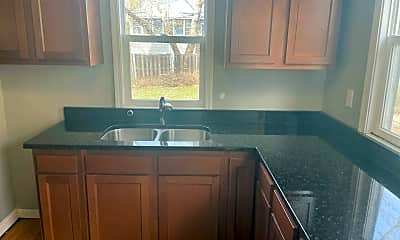 Kitchen, 723 4th St E, 1