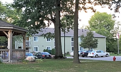 Mill Pond Manor Apartments, 2