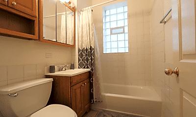 Bathroom, 1315 W Fillmore St, 2