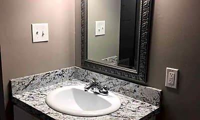 Bathroom, Keystone Farm Apartment Homes, 2