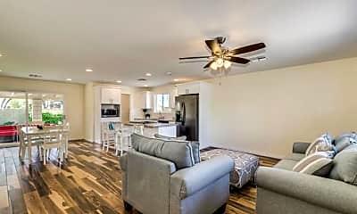 Living Room, 8601 E SOLANO DR, 1