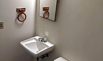 Bathroom, 345 North Dr, 2