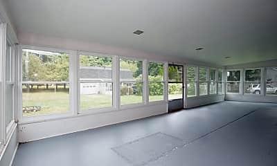 Patio / Deck, 6124 W Q Ave, 2
