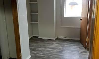 Living Room, 311 E Thayer Ave, 1