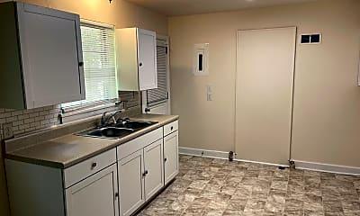 Kitchen, 2644 Arnold Dr, 0