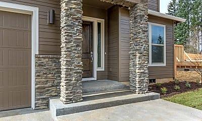 Building, 3921 NE Tacoma Ct, 1