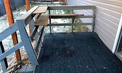 Patio / Deck, 1122 8th Ave, 1