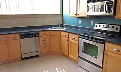 Kitchen, 1517 S Theresa Ave, 2