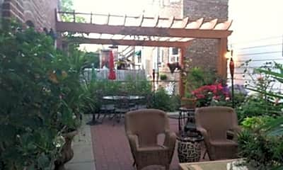 Patio / Deck, 6600 N Campbell Ave, 1