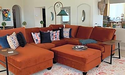 Living Room, 10083 E Scopa Trail, 2