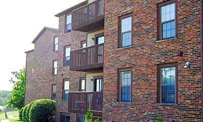 Building, 318 N Salisbury Street, 0