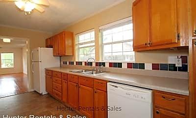Kitchen, 309 W Avenue I, 2