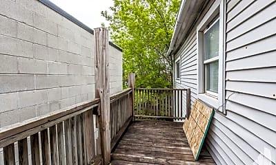 Patio / Deck, 1022 W Fry St, 2