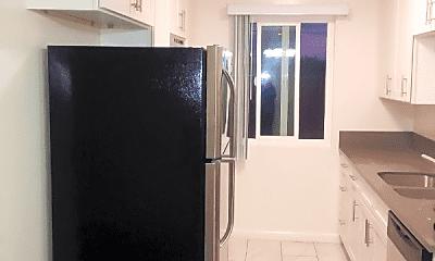 Kitchen, 3533 Keystone Av, 1