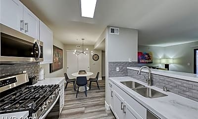 Kitchen, 950 Seven Hills Dr 2013, 0