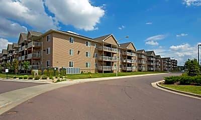 Building, Dakota Pointe Apartments, 0