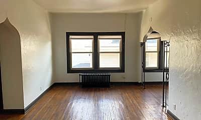 Living Room, 4806 E Washington St, 1