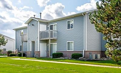 Building, Tallgrass Apartments, 0