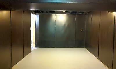 Bathroom, 123 E Eckman St, 2